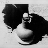[Ethiopie ]  - Modelage poterie falasa - Aplatissement du bord<br />