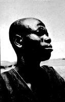"""Photographie de Jean-Paul Lebeuf légendée """"Un Kotoko, descendant des Sao"""""""
